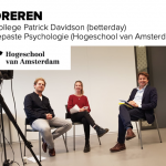 Hogeschool van Amsterdam - Gastcollege Toegepaste Psychologie Gastcollege Flourishing Floreren Patrick Davidson (betterday) Joel Beresford Delilah Elout