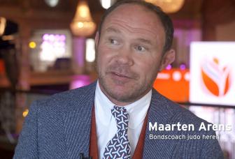 """""""Het gaat niet om de coach"""" Interview met Maarten Arens"""